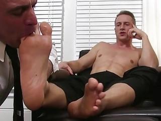 Bald daddy sucks his man slut's stinky toes